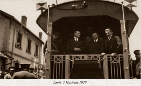 Mustafa Kemal Atatürk'ün İzmit Ziyareti