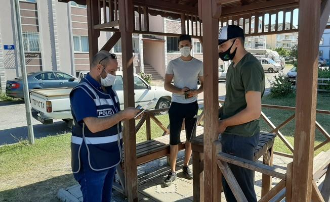 Bayram denetimlerinde maske takmayan 192 kişiye ceza kesildi!