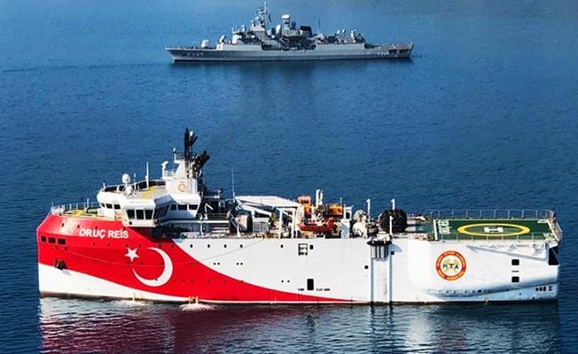 Oruç Reis'e tacizde bulunan Yunan gemisi hasar aldı