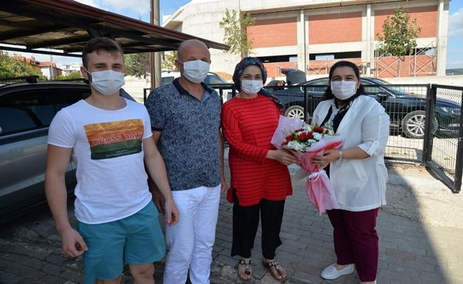 Vali Seddar Yavuz'un Eşi Selda Yavuz, şehit ve gazi ailelerini ziyaret etti