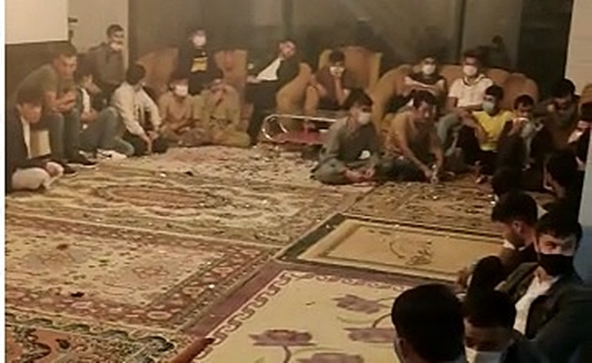Kocaeli'de bir evden 42 kaçak göçmen çıktı!