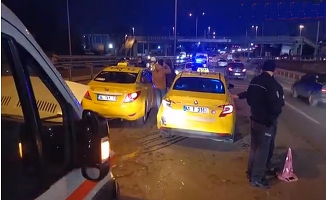 Gebze'de zincirleme kaza : 1 yaralı