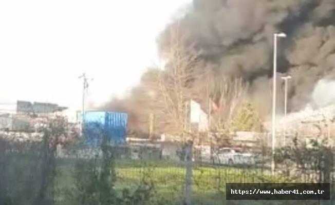 Geri dönüşüm fabrikasında büyük yangın!