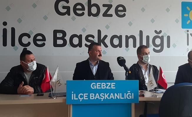 İyi Parti Gebze İlçe Başkanı Av. Burak Uluköylü bugün bir basın toplantısı düzenledi