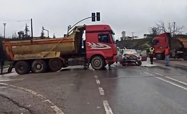 Kandıra yolunda kaza : 4 yaralı!