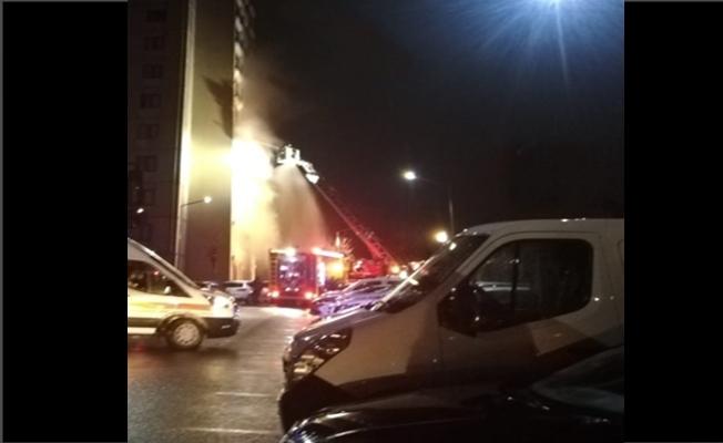 13 katlı apartmanda çıkan yangında 5 kişi etkilendi!