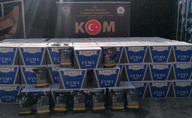 Kocaeli'de durdurulan araçtan 1 milyon 540 bin adet boş makaron ele geçirildi!