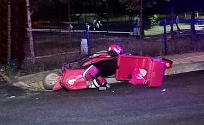 Otomobille çarpışan kurye yaralandı!