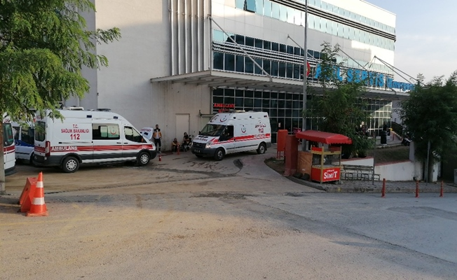 Motosiklet ile taksi çarpıştı; 1 yaralı