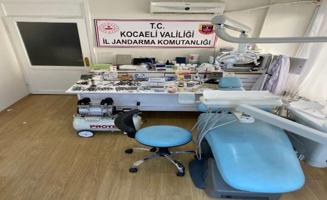 Kocaeli'de kaçak muayenehaneye operasyon