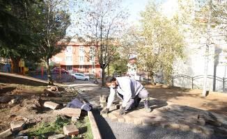 Çayırova'da parklar yenileniyor
