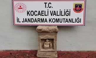 Kocaeli'de Roma dönemine ait heykel ele geçirildi