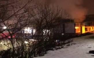 Kocaeli'de ısı yalıtım fabrikasında yangın çıktı!