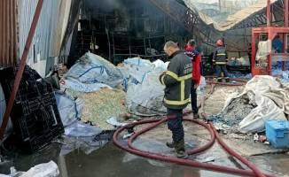 Atık ayrıştırma tesisinde çıkan yangın söndürüldü!
