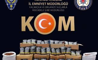 Derince'de 10 bin adet kaçak makaron ele geçirildi