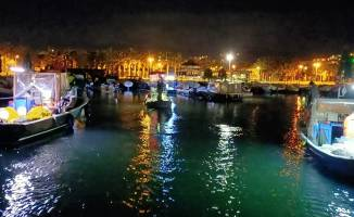 Tekneleriyle denizde mahsur kalan 7 kişi kurtarıldı