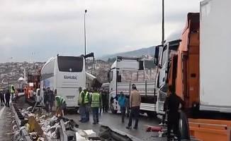 TEM Otoyolu'nda 21 araçlık zincirleme kaza;çok sayıda yaralı var!