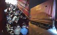 Kamyonetin kasasından 61 kaçak göçmen çıktı!