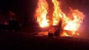 Palet fabrikasında büyük yangın !2 saatte kontrol altına alındı