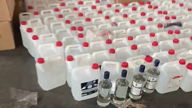 2 ton 15 litre etil alkol ele geçirildi