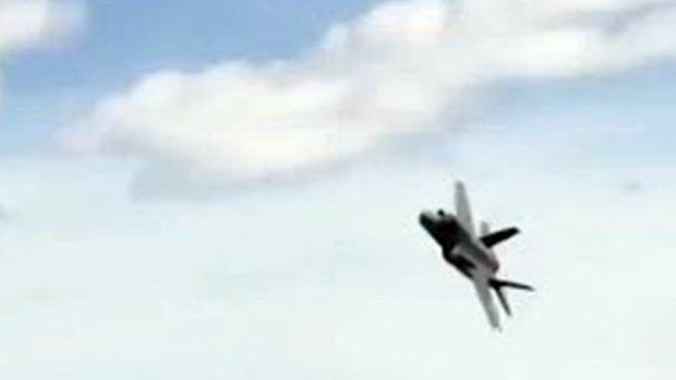 İşte test aşamasındaki- 18-0003 kanat numaralı  f-35 uçağımız